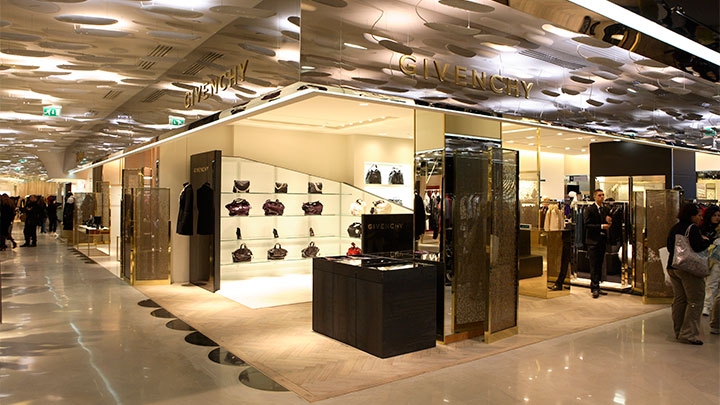 Unique lighting solutions for fashion stores by Philips