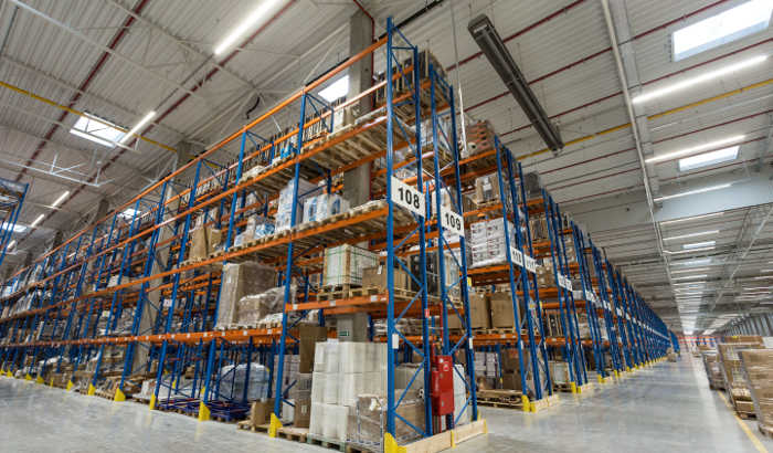 Castorama warehouse