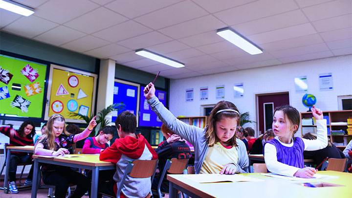 SchoolVision Energy light setting: smart school lighting for when energy levels flag